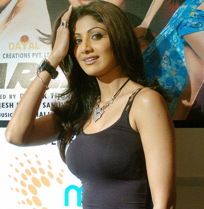 Shilpa Shetty to receive Britain's Global Diversity award, Hamilton to receive Britain's Global Diversity award, Shilpa Shetty, Hamilton,Shilpa Shetty racial abuse,Hamilton racial abuse