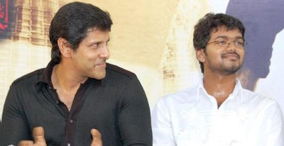 vijay-and-vikram-kuruvi.JPG