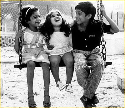 Baby Shamili Childhood Photos Anjali Movie Baby Shamili s elder sister