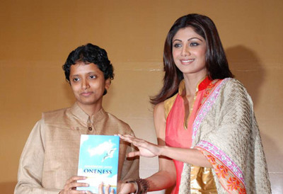 shilpa-at-awakening-into-oneness-book-launch.jpg