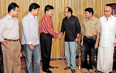 rajini-and-shankar-with-kalanidhi-maran-2.jpg
