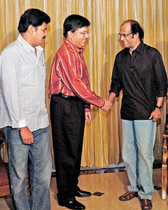 rajini-and-shankar-with-kalanidhi-maran.jpg