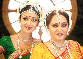 shilpa-shetty-and-jaya-prada-in-the-desire-1.jpg