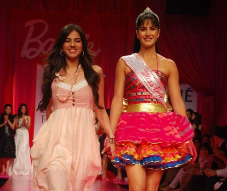 http://www.extramirchi.com/wp-content/uploads/2009/03/katrina-kaif-barbie-girl-photo.jpeg