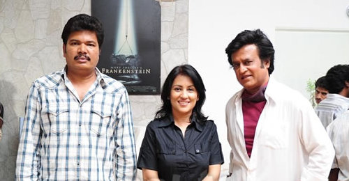 madhushree-with-rajini.jpg