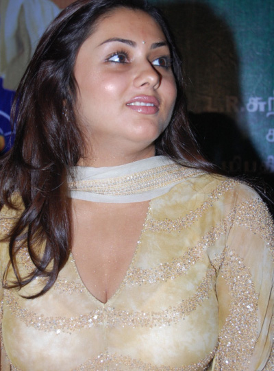 namitha-at-vaigai-movie-audio-launch-4.jpg