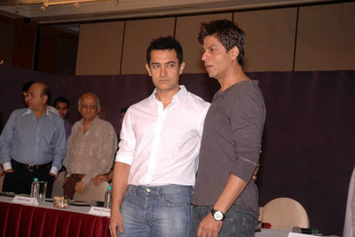 aamir-khan-and-shah-rukh-khan1.jpeg