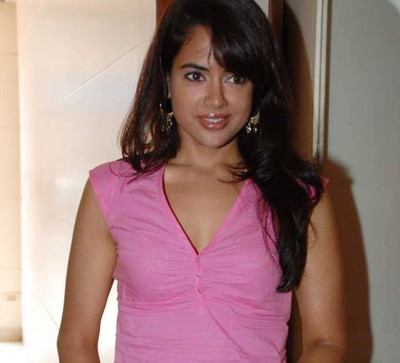 sameera-reddy-at-designer-mandi.jpg