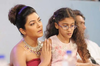 sushmita-with-daughter-renee.jpeg