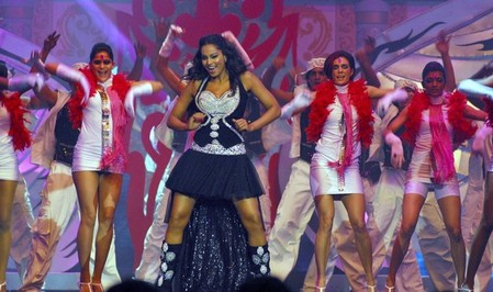IIFA-Awards-Bipasha.jpg