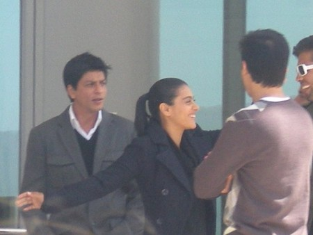 Shahrukh-and-Kajol-My-Name-Is-Khan-shooting-2.jpg
