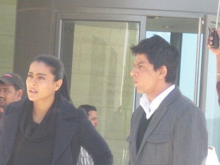 Shahrukh-and-Kajol-My-Name-Is-Khan-shooting.jpg