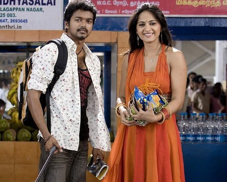 Vijay Anushka Vettaikaran Movie still jpg