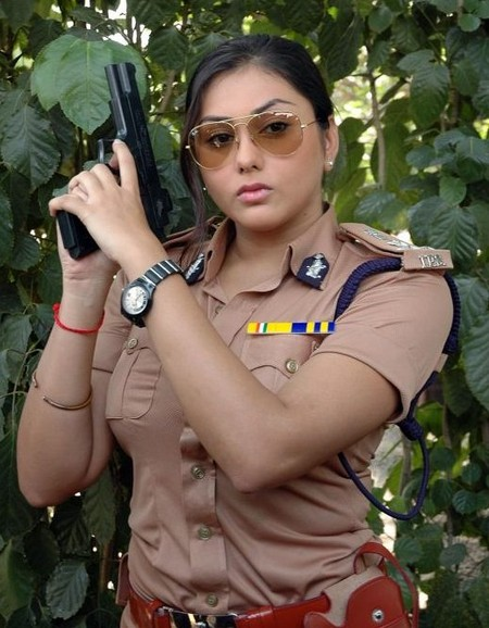namitha-as-police.jpg