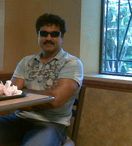 sarath-kumar-at-subway.jpg