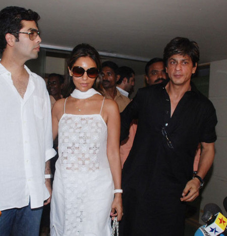 shah_rukh_khan_with_gauri_khan-3.jpg