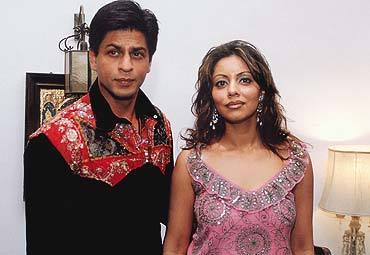 shah_rukh_khan_with_gauri_khan.jpg