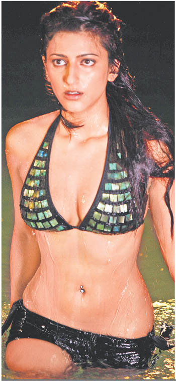Shruti-Hasan-in-Bikini.jpg
