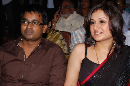 Sonia-Agarwal-and-Selvaraghavan-at-Aayirathil-Oruvan-Audio-1.jpg