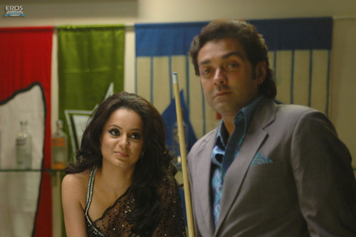 Bobby-Deol-and-Kangana-Ranaut-in-Vada-Raha.jpg