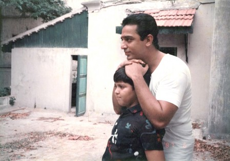 http://www.extramirchi.com/wp-content/uploads/2009/08/Kamal_Hassan_in_Nayagan.jpg