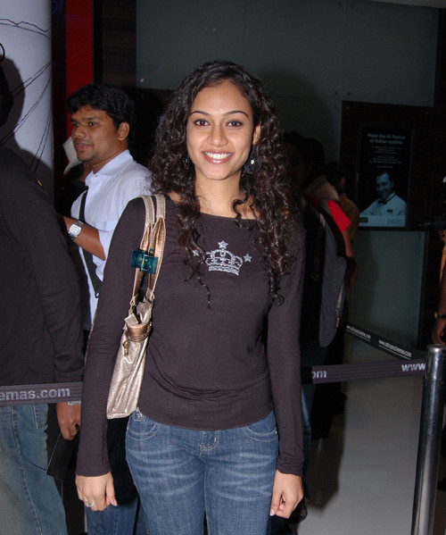 Rupa-Manjeri-at-Avatar-Footage-Screening.jpg
