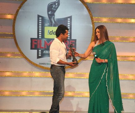 Surya-and-Tabu-Filmfare-Awards.jpg