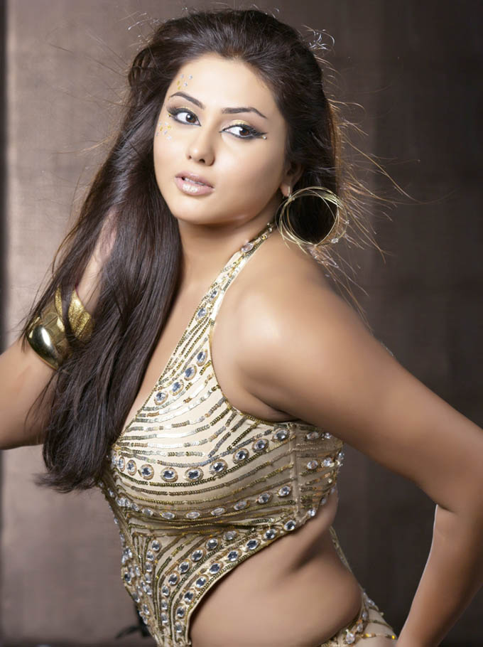 Busty Namitha 4 By Mitr Sep 13 2009
