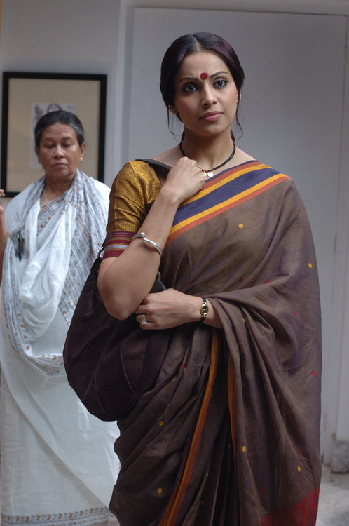 Bipasha-Basu-In-Bengali-Movie.JPG