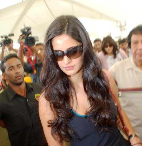 Katrina-Kaif-at-Mumbai-International-Airport.JPG