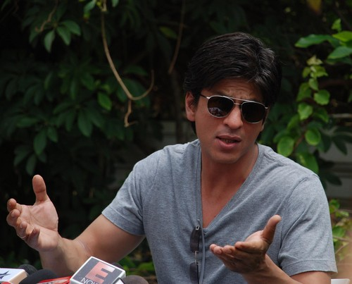 Shah-Rukh-Khan-at-Press-conference-at-his-house-Mannat-in-Mumbai.JPG