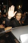 Shah Rukh Khan at Shilpa Shetty and Raj Kundra wedding reception
