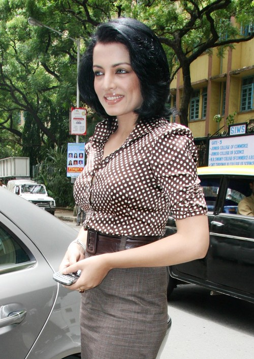 Celina-Jaitley-at-Aditya-Jyot-Eye-Hospital.JPG