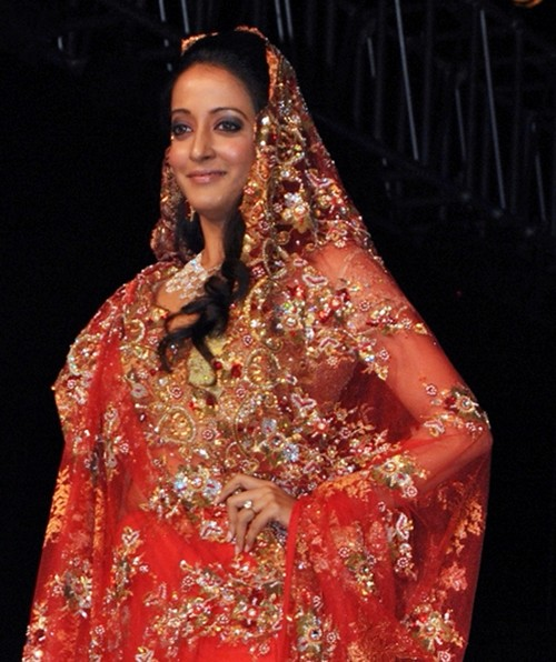 Raima_Sen_bridal-fashion-show-1.jpg