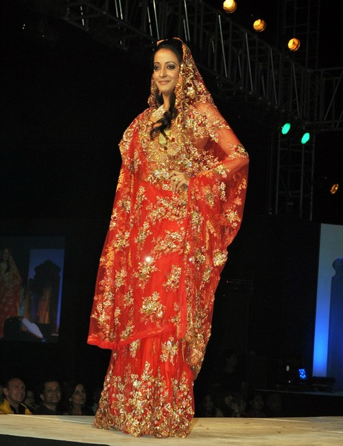 Raima_Sen_bridal-fashion-show.JPG
