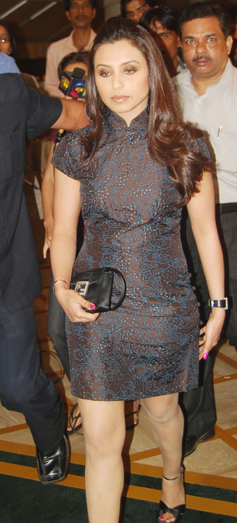 Rani-Mukherjee-at-the-Launch-Party-of-the-Serial-Aanchal.JPG