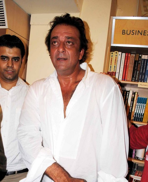 Sanjay-Dutt-at-the-Book-Launch-of-the-Film-Lage-Raho-Munna-Bhai-2.JPG