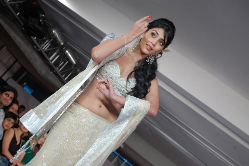 Shriya-Saran-at-the-Chennai-International-Fashion-Week-2.jpg