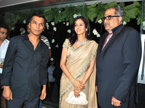Vikram-Phadnis-Shridevi-and-Boney-Kapoor-at-the-Launch-of-Exclusive-Boutique1.JPG