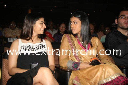 Kajol-with-Tanisha-at-Dignity-Foundation-event.jpg