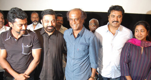 Rajini-with-Kamal-surya-sarath-kumar-and-radhika-Jaggubhai-Press-Meet.jpg