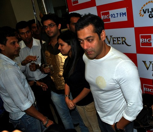 Salman-Khan-at-the-Veer-Promotion.JPG