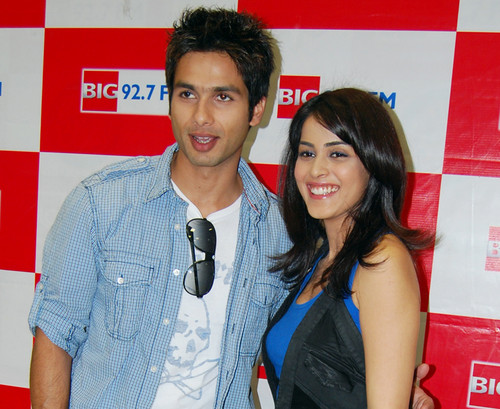 Shahid-Kapoor-and-Genelia.jpg