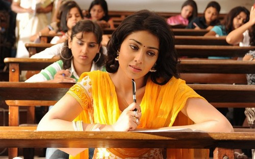 Shriya-Saran-in-Kutty-Movie1.jpg