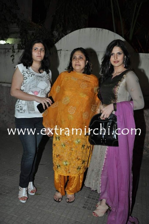 Zarine-Khan-special-screening-for-Veer-2.jpg
