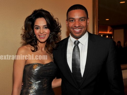 Actress-Mallika-Sherawat-with-Laz-Alonso-2.jpg