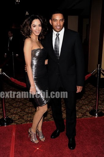 Actress-Mallika-Sherawat-with-Laz-Alonso.jpg