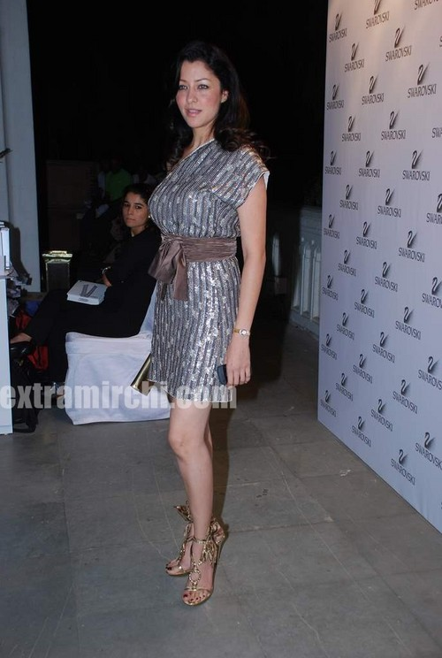 Aditi-Gowitrikar-at-Swarovski-auction-dinner-1.jpg