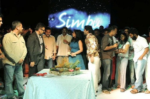 Ajith-with-wife-Shalani-and-Trisha-at-Simbu-25th-birthday-1.jpg