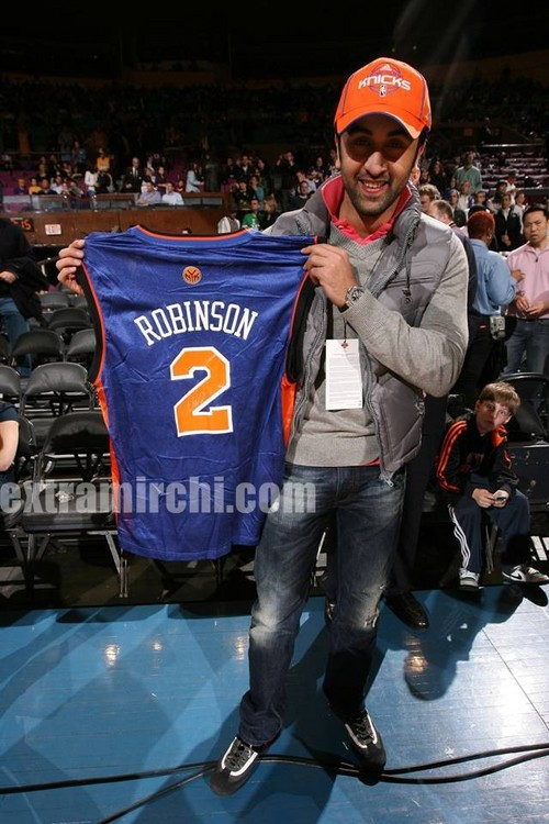 Bollywood-heartthrob-Ranbir-Kapoor-New-York-NBA-3.jpg